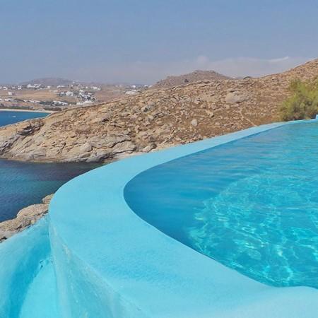 Luxury beachfront villa in Mykonos
