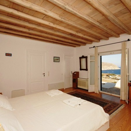 Villa GArnet Master Bedroom