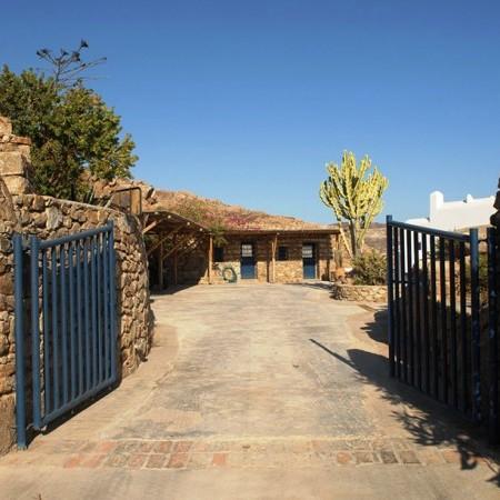 Villa Garnet entrance