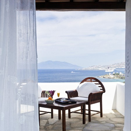 bedroom balcony sea view