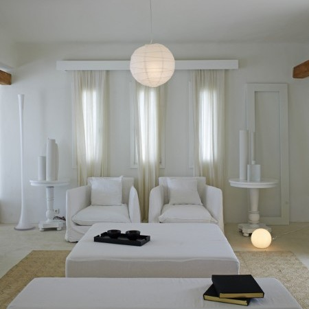 Villa Joya indoors