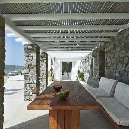 Villa Joya outdoor sitting area