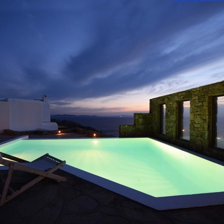 Mykonos villa private infinity pool