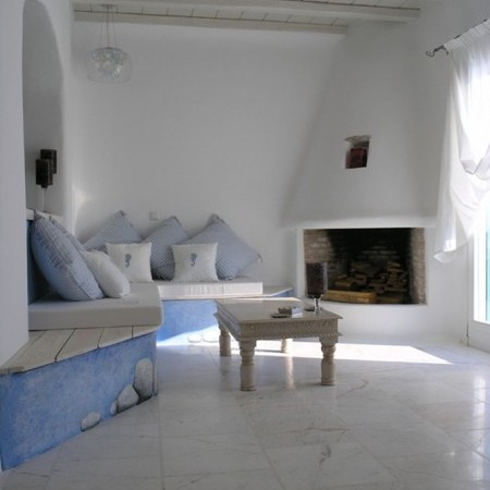 Villa Libra fireplace