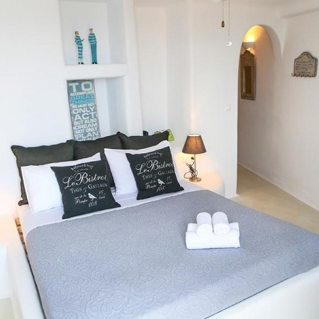 rent a villa in Mykonos