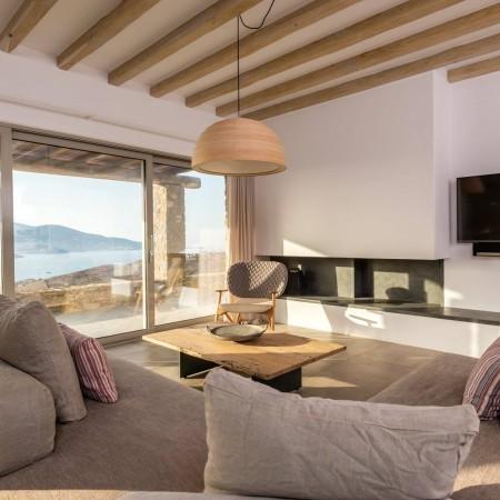 villa main living room