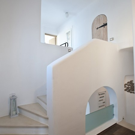villa marbella staircase