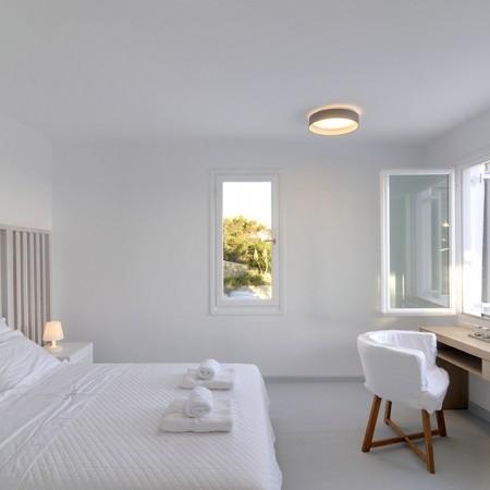 master bedroom Villa Neroli