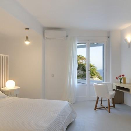 Villa Neroli double bedroom