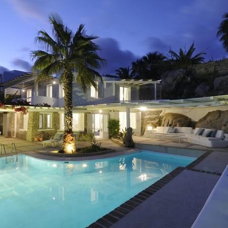 Villa neroli Mykonos at night