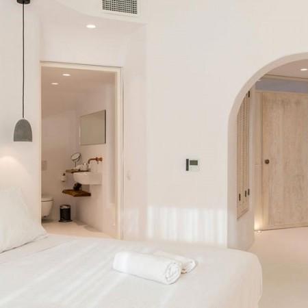 Mykonos town villa with 5 bedrooms