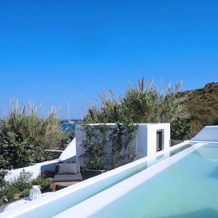 Mykonos Villa Psarou Beach