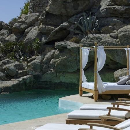 private pool at Oasis Retreat