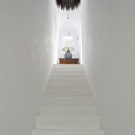 villa oasis stairs
