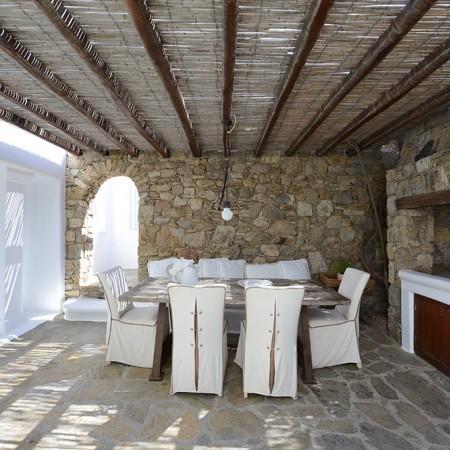 outdoor dining Villa Sanja Mykonos