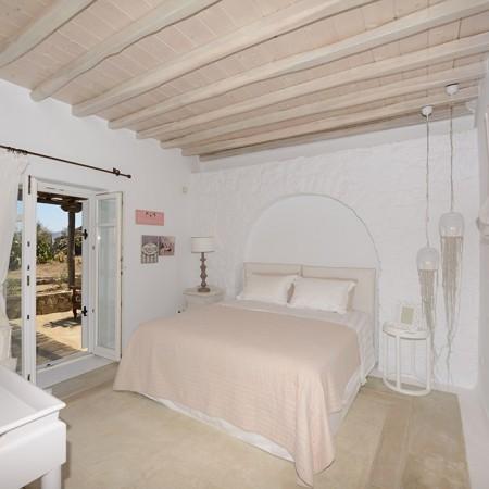 Villa Sanja Mykonos master bedroom
