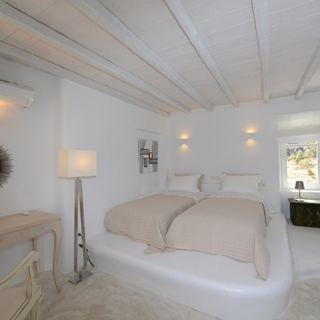 Villa Sanja Mykonos double bedroom