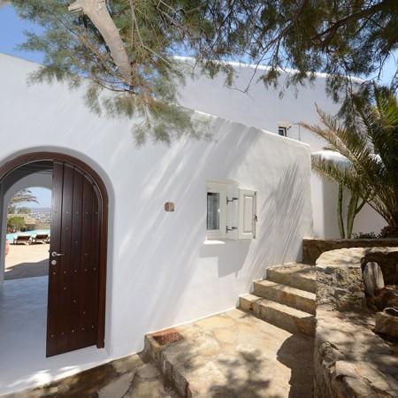 Villa Sanja Mykonos entrance