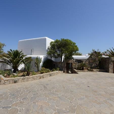 Villa Sanja Mykonos exterior parking