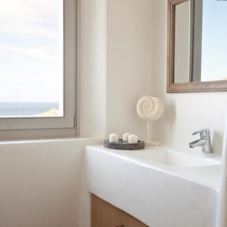 Mykonos Villa Seaview bathroom