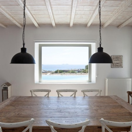 Seaview One dining room