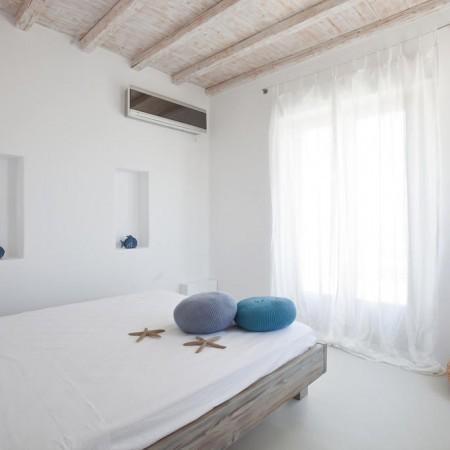 villa seaview double bedroom