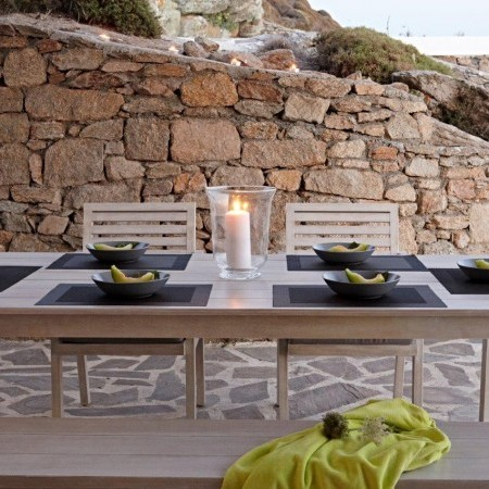 outdoor dining villa star
