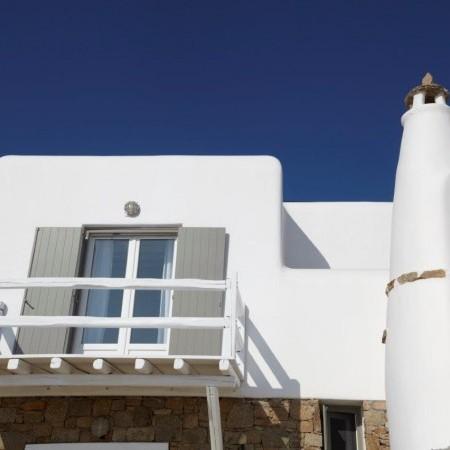 villa star balcony