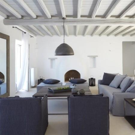 villa stardust living room