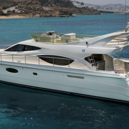 ferretti yacht charter