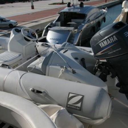 aicon 75 motor yacht