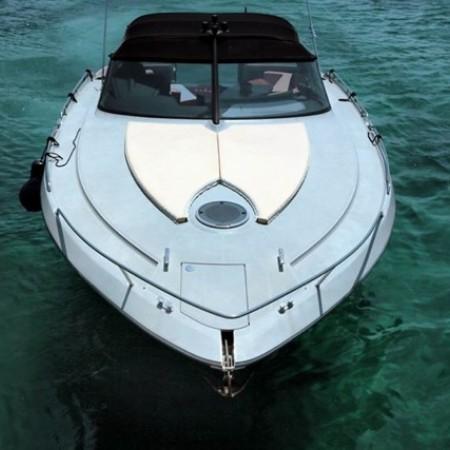 mykonos yachting baia one