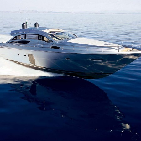 mykonos yachting pershing 72