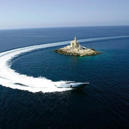 Pershing 72 luxury motor yacht