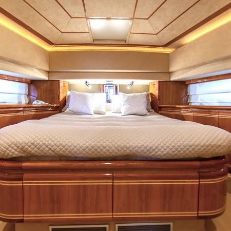 ferretti 80 cabin