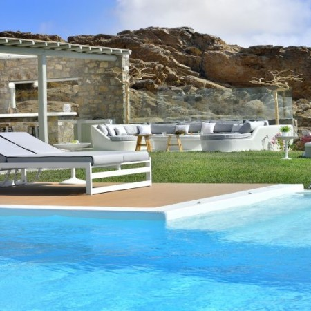 Villa Sky Elia beach