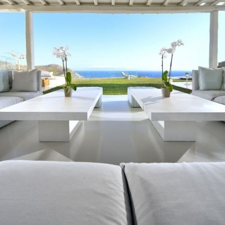 Villa Sky outdoor sitting area