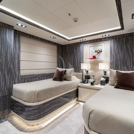 yacht charter in greece O'Mathilde