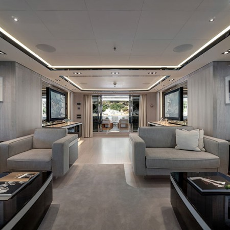 omathilde charter yacht
