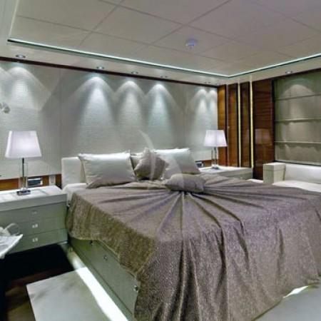 opati yacht cabin