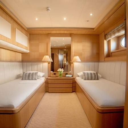 oasis yacht twin cabin