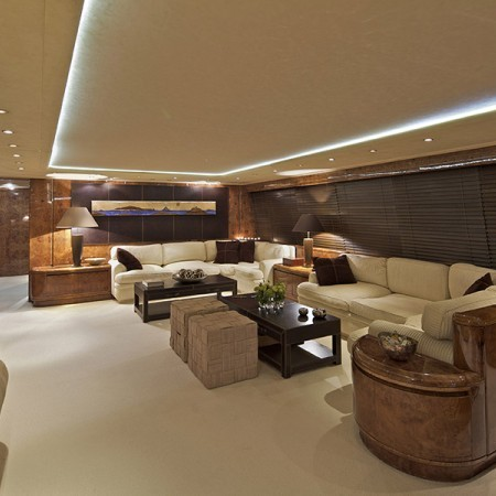 Obsesion yacht salon
