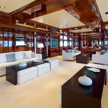 Omega mega yacht salon