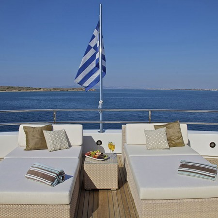 Omega Yacht loungers
