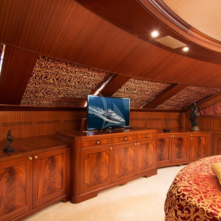 option b yacht cabins