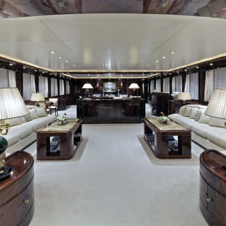 o'rion yacht living area