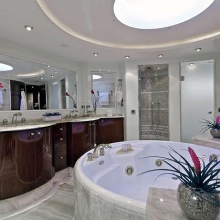 o'rion yacht bathroom