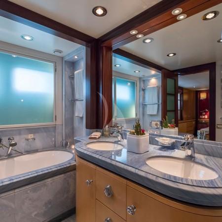 pegasus yacht living