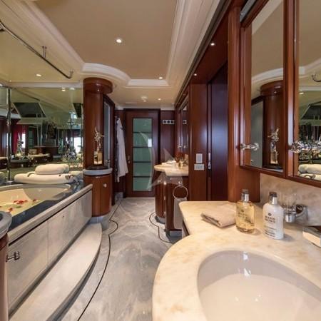 pegasus yacht bathrooms