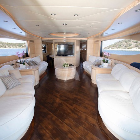 princess L interior